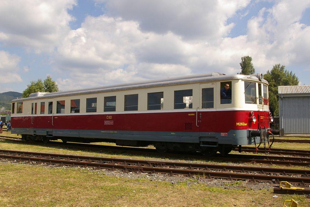 Motorový vozeň M262.007